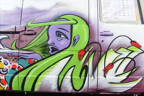 DETAIL GRAFF VEHICULE
